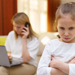 9 Tips on Digital Devices for Parents and Kids article thumbnail