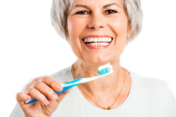 Top 3 Dental Risks For Seniors